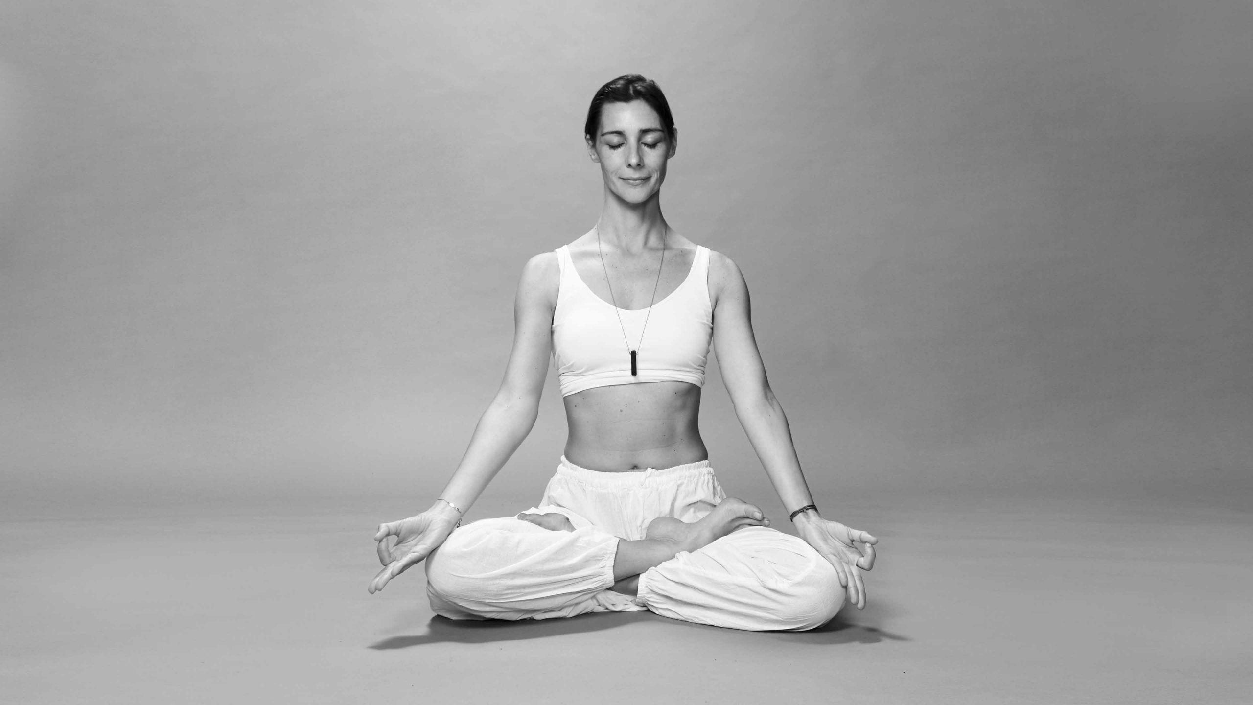 cours de yoga méditation Stéphanie Mathieu