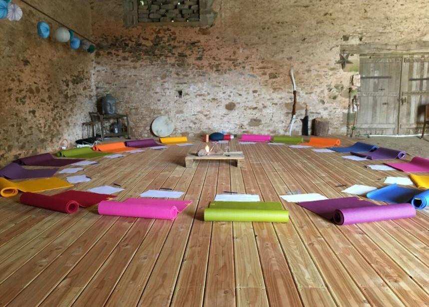 yoga la kambrousse stephanie mathieu